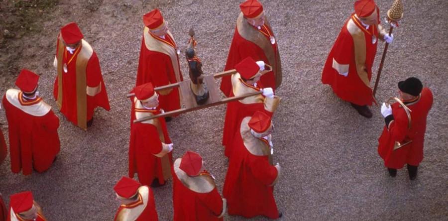 [:fr]Défilé des Confréries de Bourgogne[:en]Confréries de Bourgogne: Procession[:]